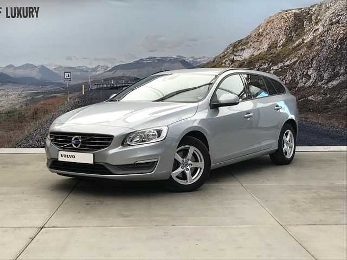 Volvo V60 D2 KINETIC + NAVI +